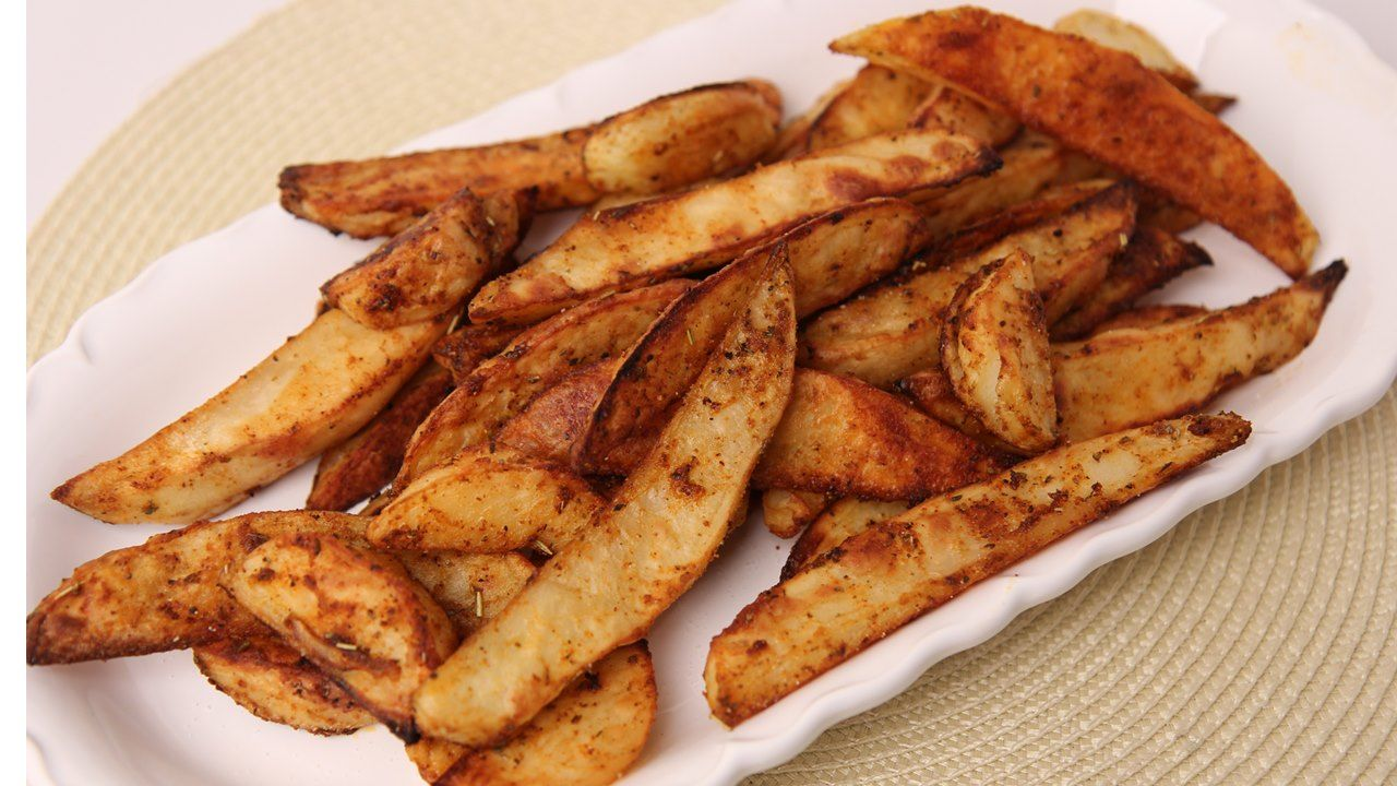 :: Spicy Roasted Potato Fries ::