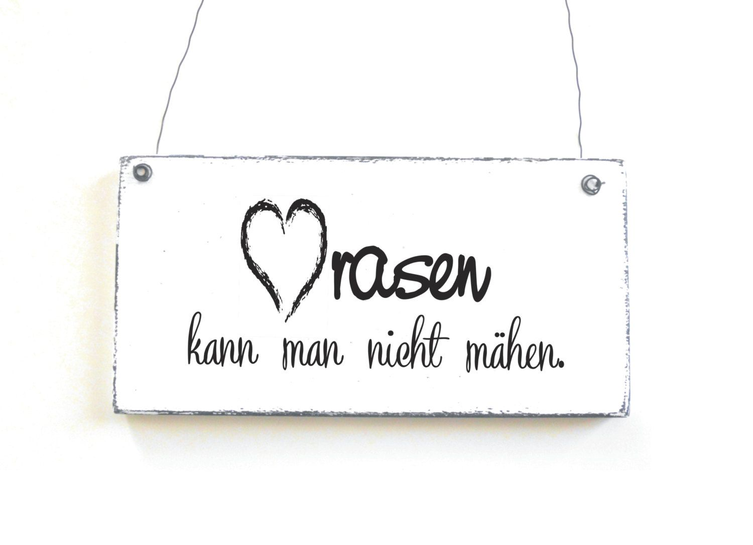 schild herzrasen dekoschild holzschild spruchschild vintage shabby chic von doerpkind auf etsy. Black Bedroom Furniture Sets. Home Design Ideas