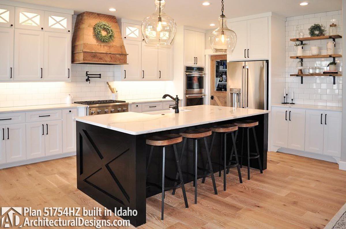 House Plan 51754hz Comes To Life In Idaho Photo 005 Trendy Farmhouse Kitchen Home Decor Kitchen Modern Kitchen Room