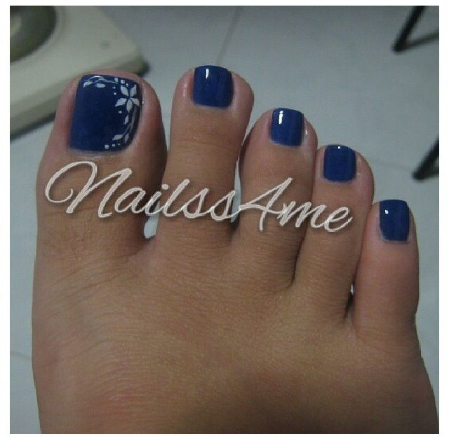 Pretty pedicure- blue polish with a pretty flower - Pretty...I Would Like The Flowers In Gold Though! Beauty
