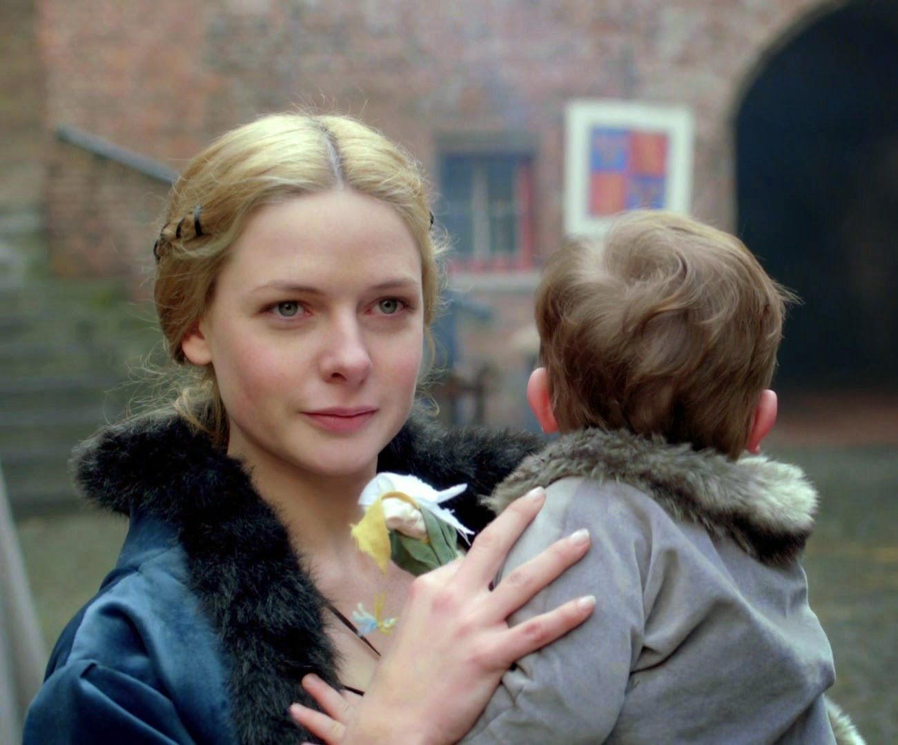 The White Queen - queen Elizabeth Woodville with son | The ...