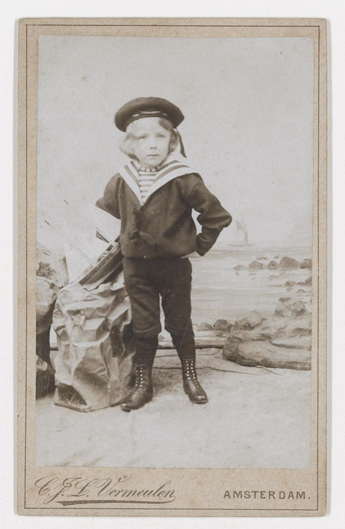 Vincent Willem van Gogh is sailor suit, ca. 1896. Photo studio Vermeulen Amsterdam Vincent Willem was the Son of Theo van Gogh.