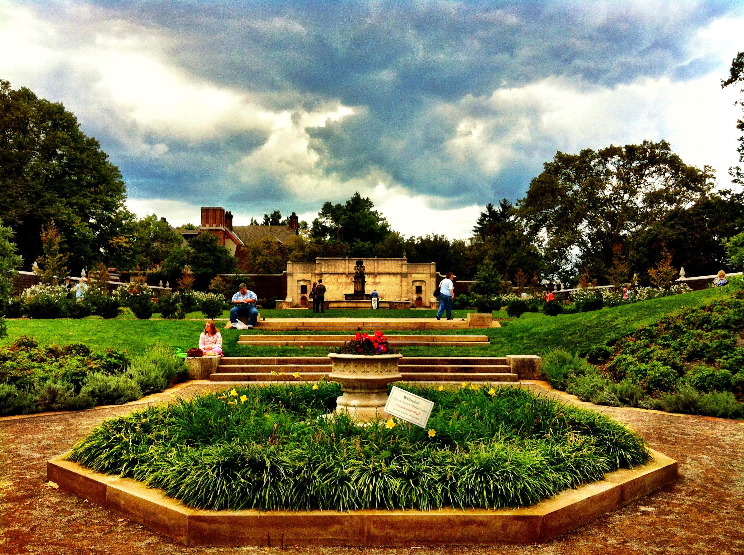 Mellon Park Walled Garden Pittsburgh engagement, Park