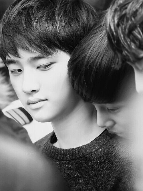 EXO - D.O. & Kai I love kyungsoo's sideways glances...so cute<3