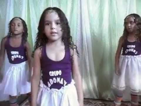 Aline Barros E Cia 3 Danca Do Canguru Youtube Com Imagens