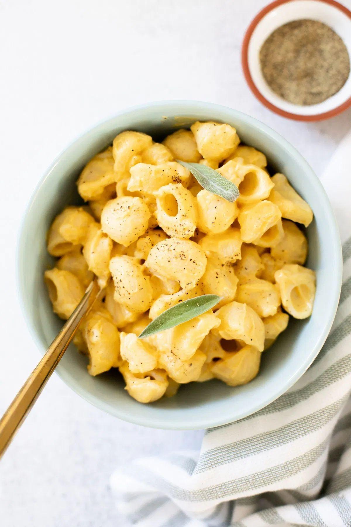 Vegan Pumpkin Mac And Cheese This Savory Vegan Recipe In 2020 Whole Food Recipes Savory Vegan Pumpkin Mac And Cheese