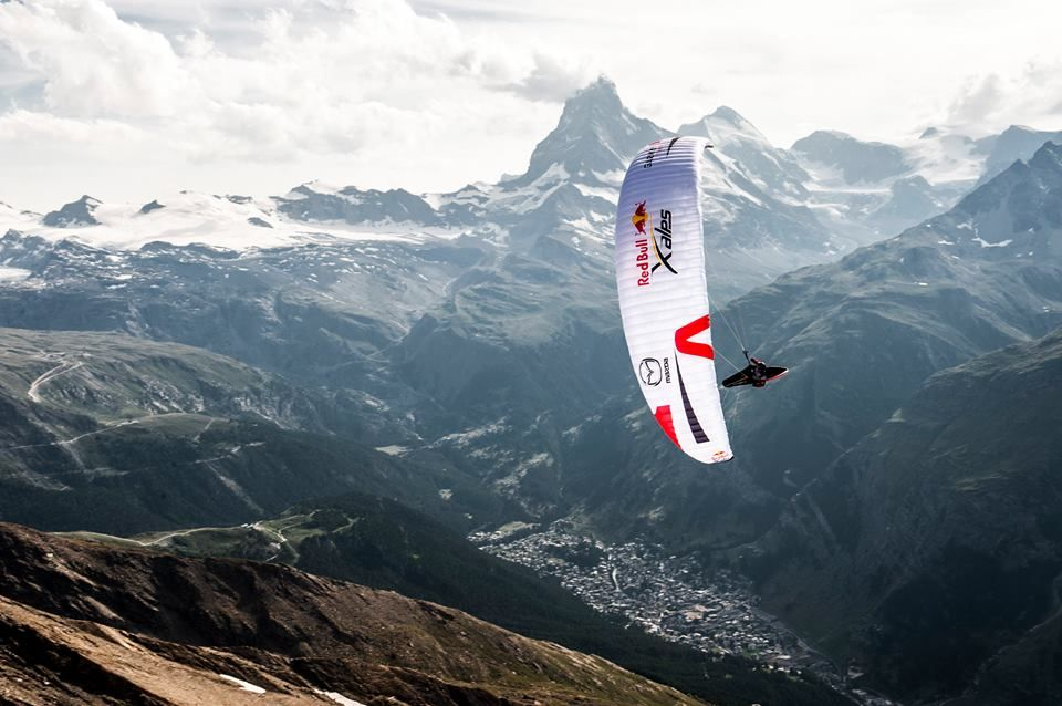 Pin by Jovanka on Alps | Alps, Red bull, Mountains