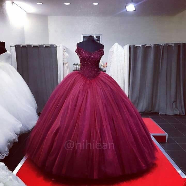 Pin von Abigail Santos auf Gowns | Pinterest
