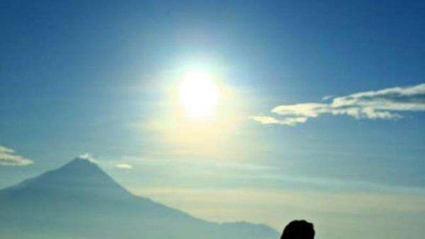 Berburu Sunrise di Punthuk Setumbu - Yahoo News Indonesia