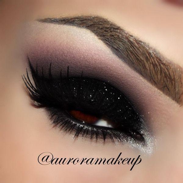 Photo of 14 Amazing Glittery Eye Makeup Looks
