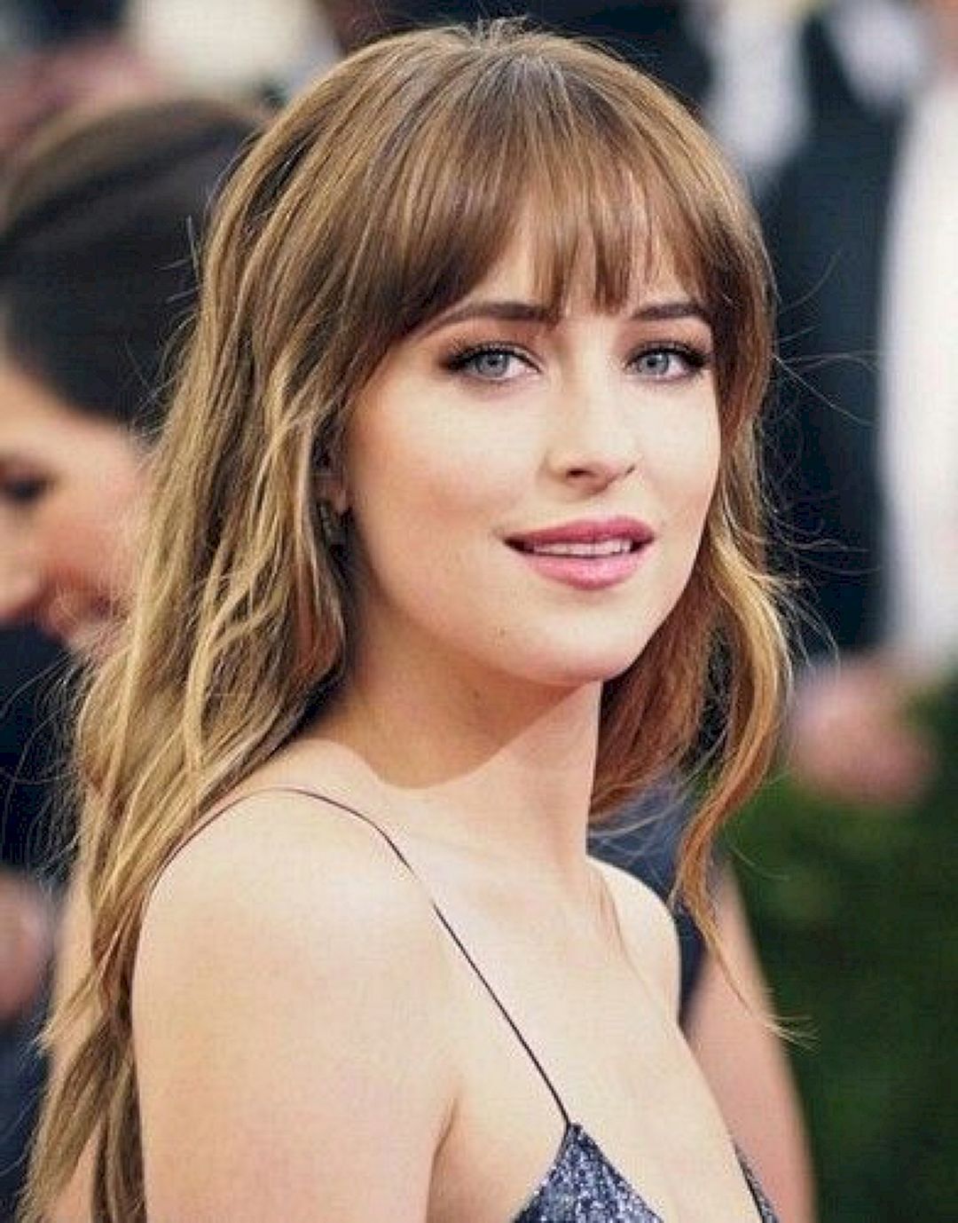 40 Awesome Hairstyles With Bangs 40 Awesome Hairstyles With Bangs Awesome Bangs Bobhairstyle In 2020 Glamorous Hair Long Hair With Bangs Hairstyles With Bangs
