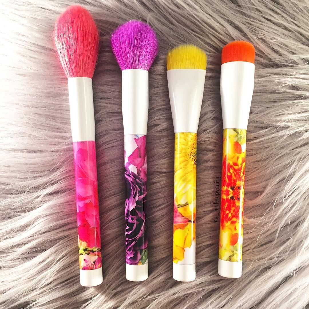 Makeup Brush Set OBO Ulta Professional brush never