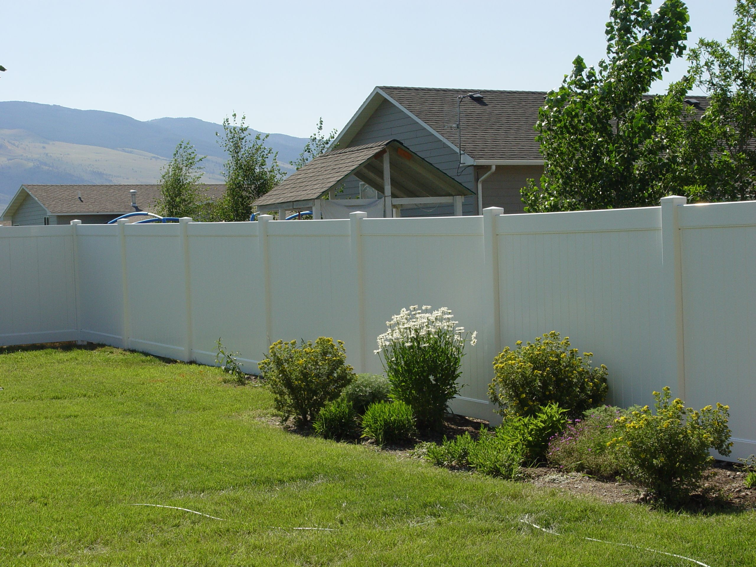 Beautiful white fence garden and yard pinterest vinyl fence fences pictures vinyl yard fencing ideas great front yard fence design for front fence with innovative and interesting design ideas baanklon Gallery