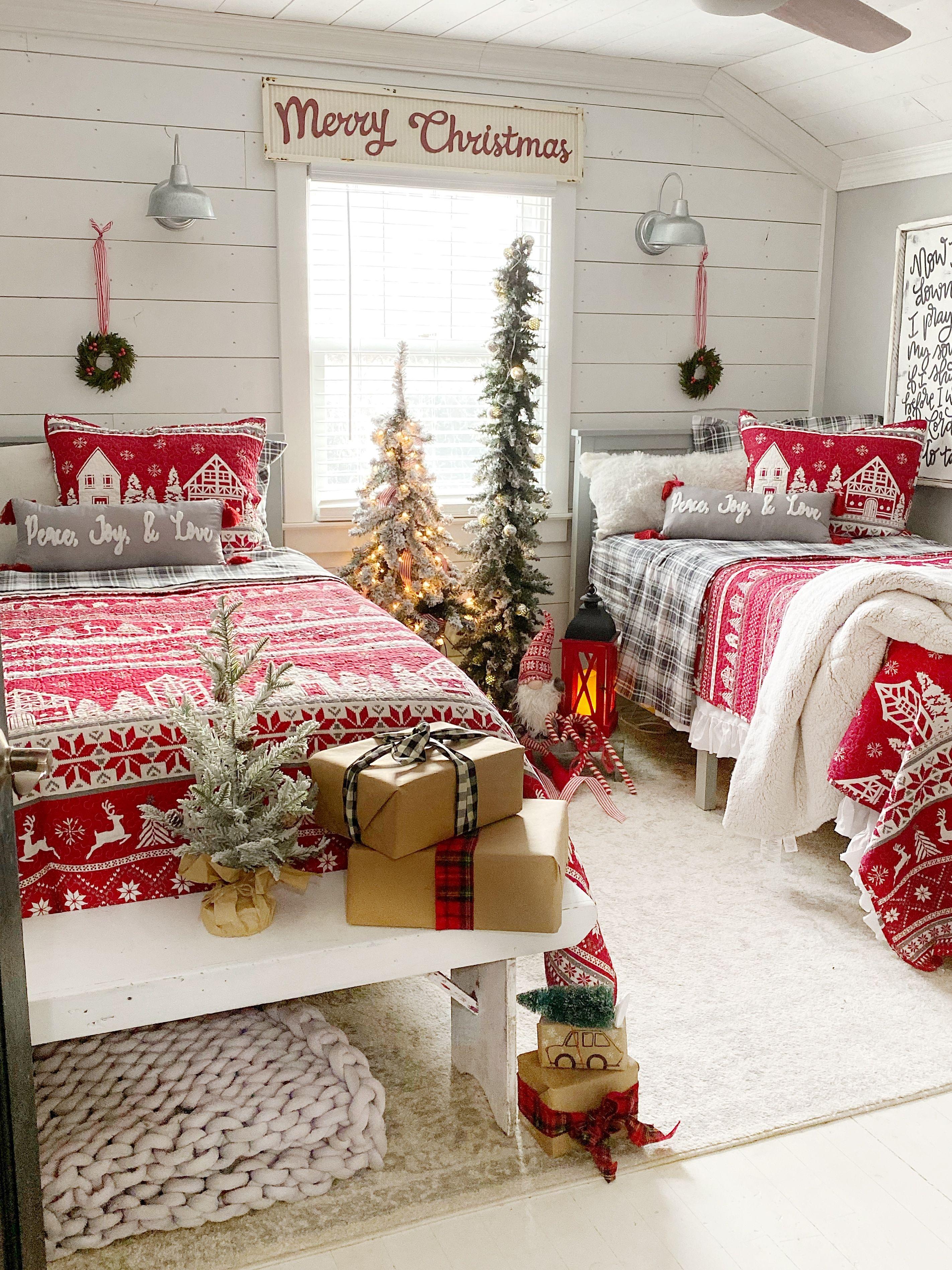 Cozy Christmas Bedroom  Christmas decorations bedroom, Christmas