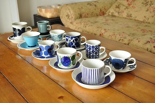 北欧の青い食器達 北欧ブログ 人気北欧ショップが選ぶ 北欧雑貨 北欧食器 北欧家具 カラメル 青い食器 北欧 食器 食器