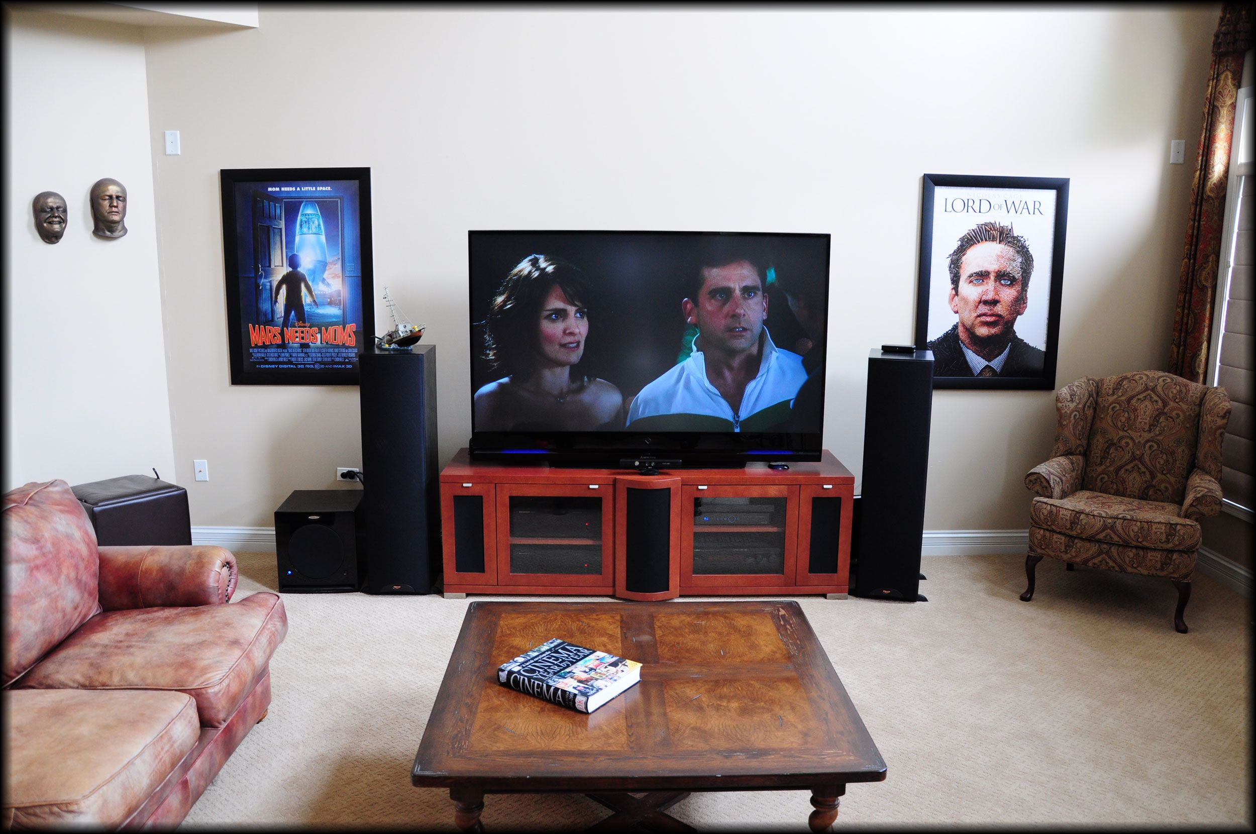 Movie Poster Frames In Home Theater Media Room Movie Poster Frames Poster Frame Gallery Frame