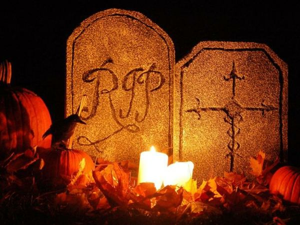 Halloween Dekoration Feuer Licht