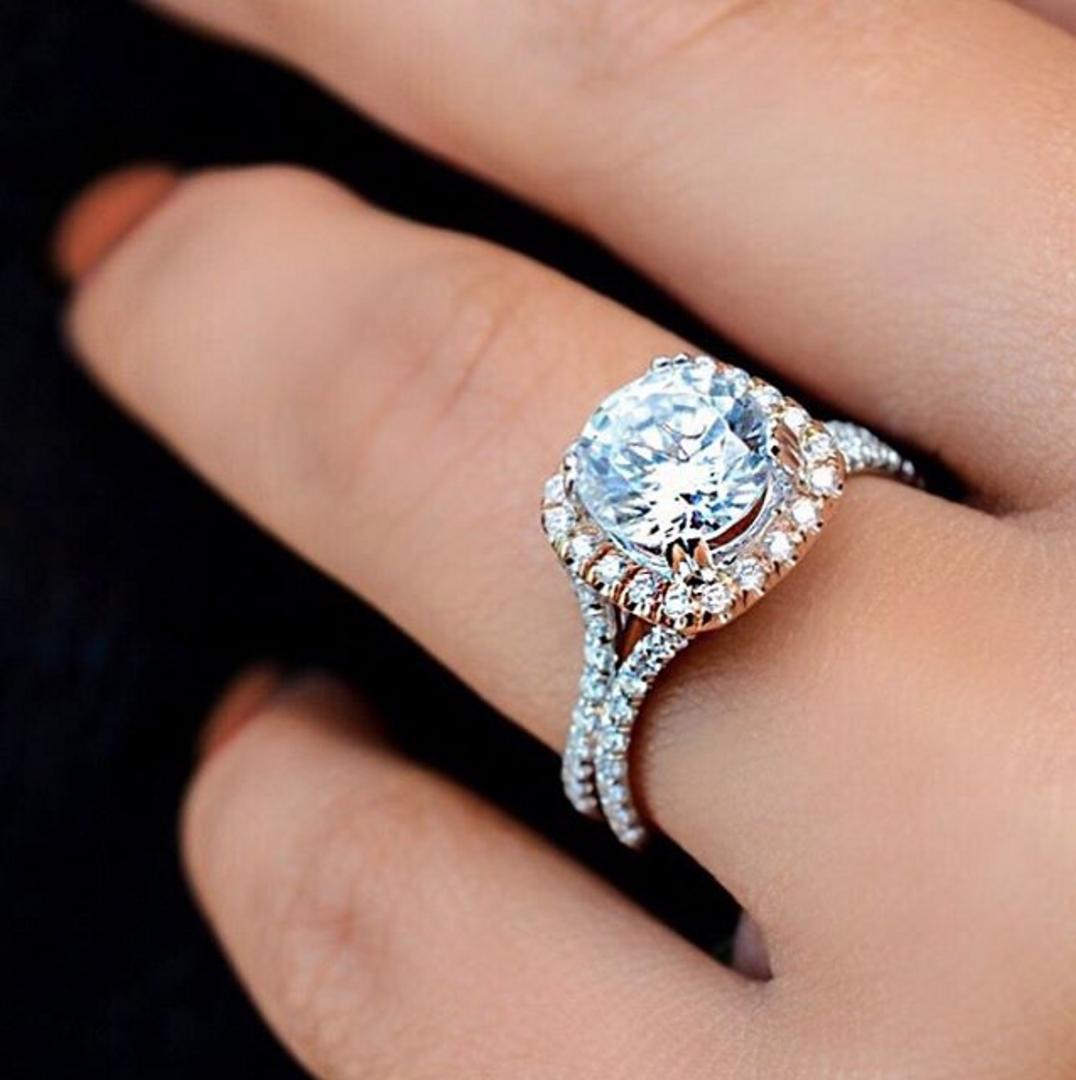 Uneek Round Diamond Engagement Ring with CushionShaped