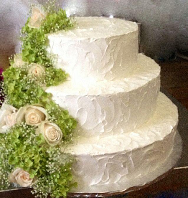 3 Tiered Round White Wedding Cake