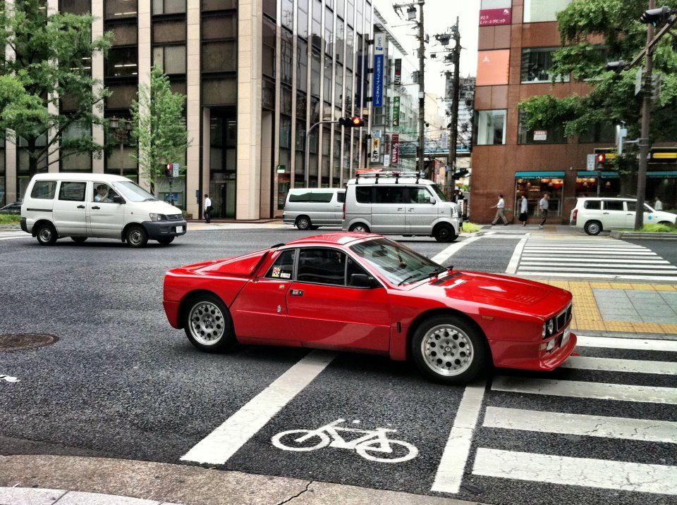 Lancia 037 Stradale on the street | Stuff with motors ...