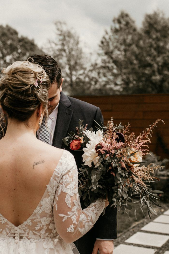 This Blackberry Farm Houston Wedding Inspiration at The Meekermark Combines Rustic Garden Vibes and Handpicked Details