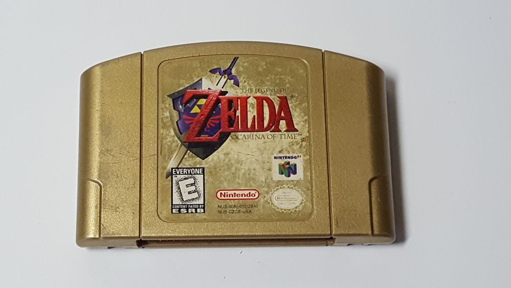 Legend of Zelda Ocarina of Time Collector's Edition Gold Cartridge