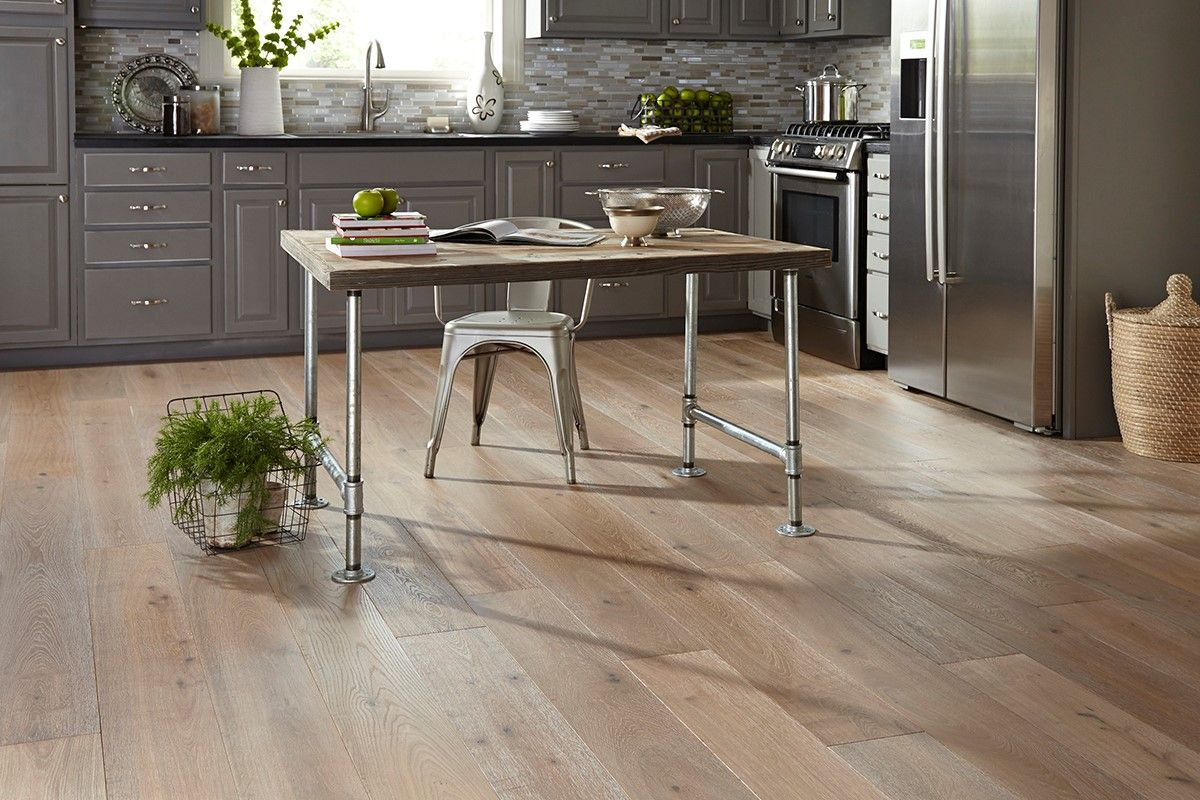 Hardwood Floor In The Kitchen Castle Combe West End Floor Mayfair Usfloors Engineered Wood
