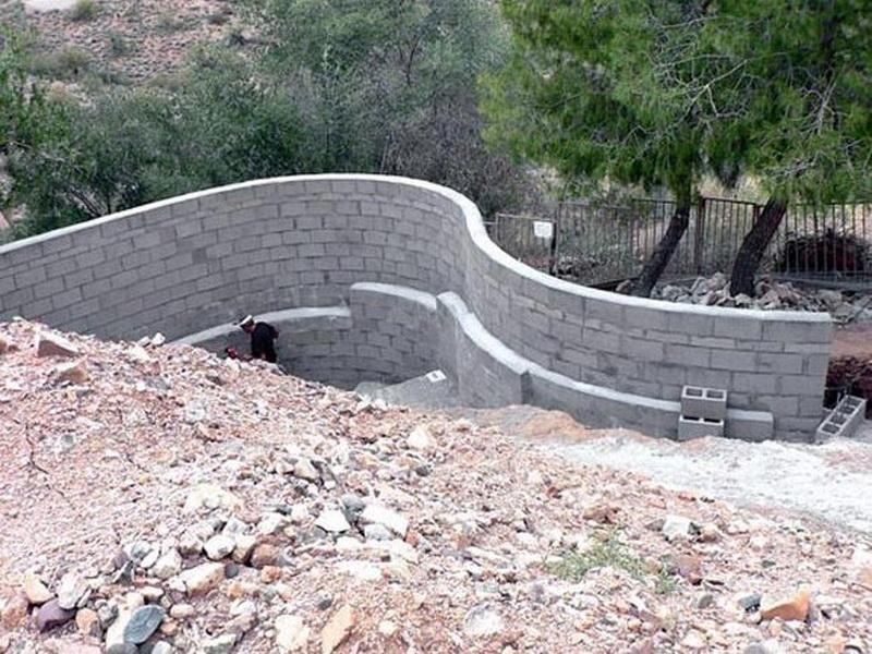 Building Concrete Block Retaining Wall Concrete Block Retaining Wall Concrete Retaining Walls Fence Design