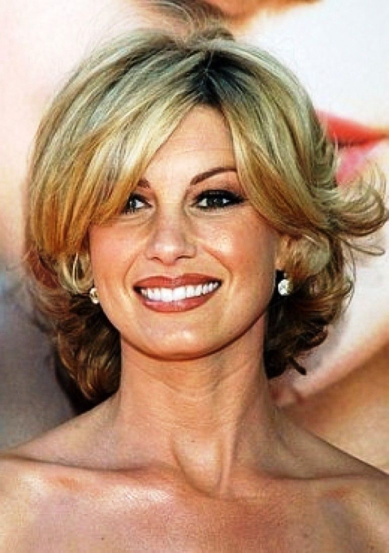 long hairstyles for women over 50 with fine hair elegant Medium ...