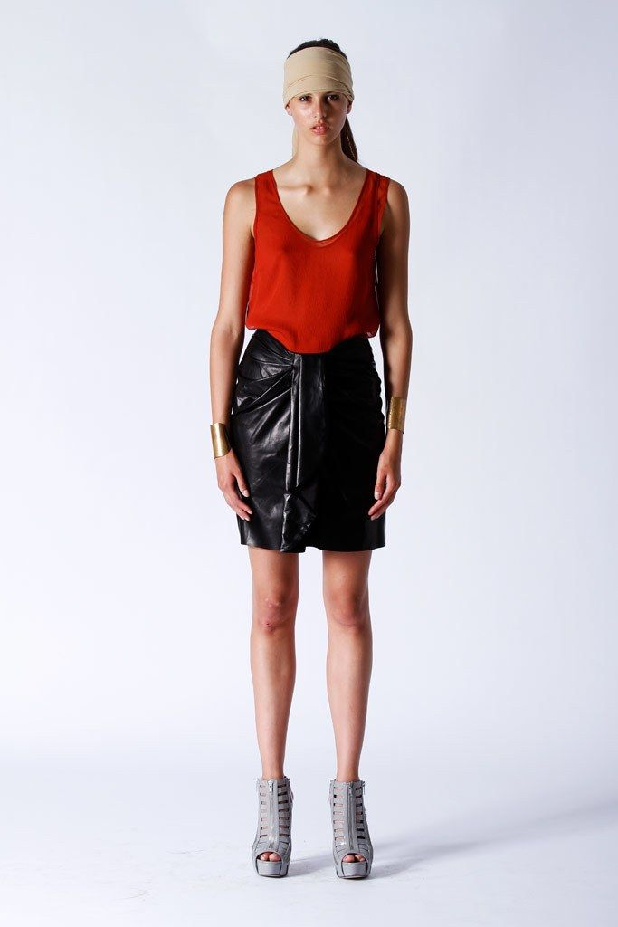 Elise Øverland Resort 2011 Collection Photos - Vogue
