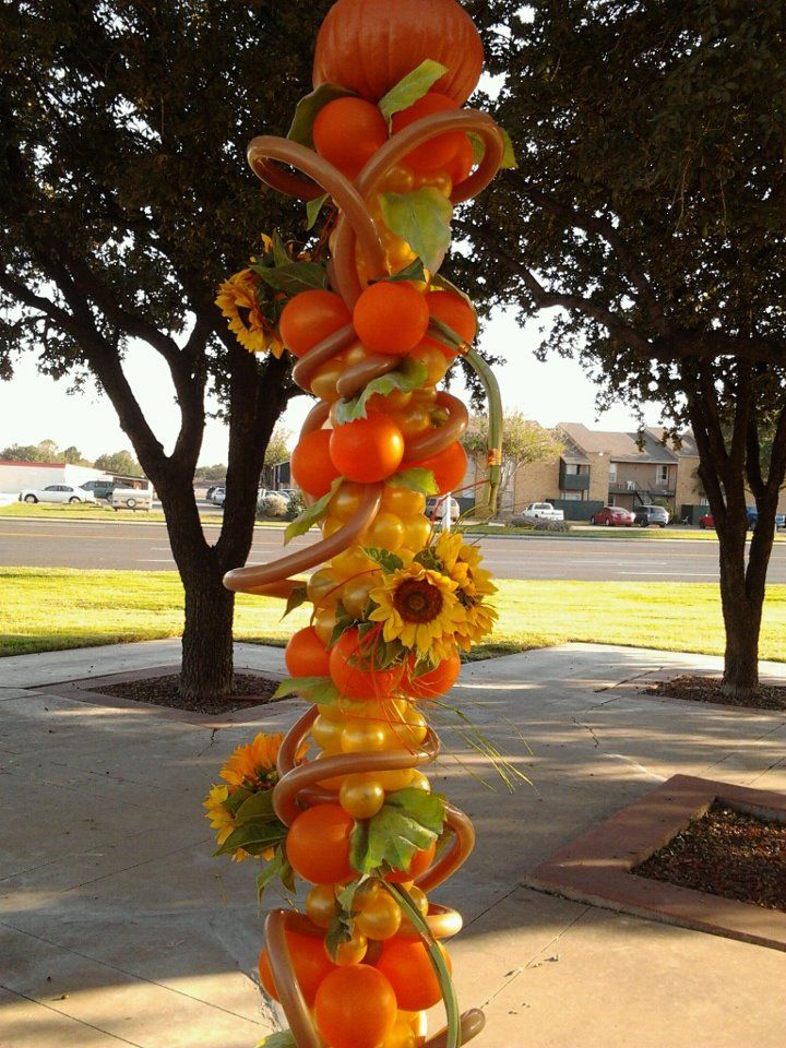 Fall Floral and Balloon sculpture | Balloon decorations ...