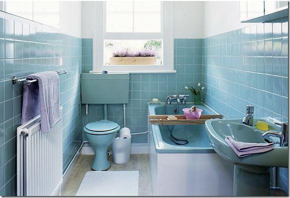 Blue Mid-Century Bathroom Tile, denne er da den andre versjonen for vår lille nr 2.