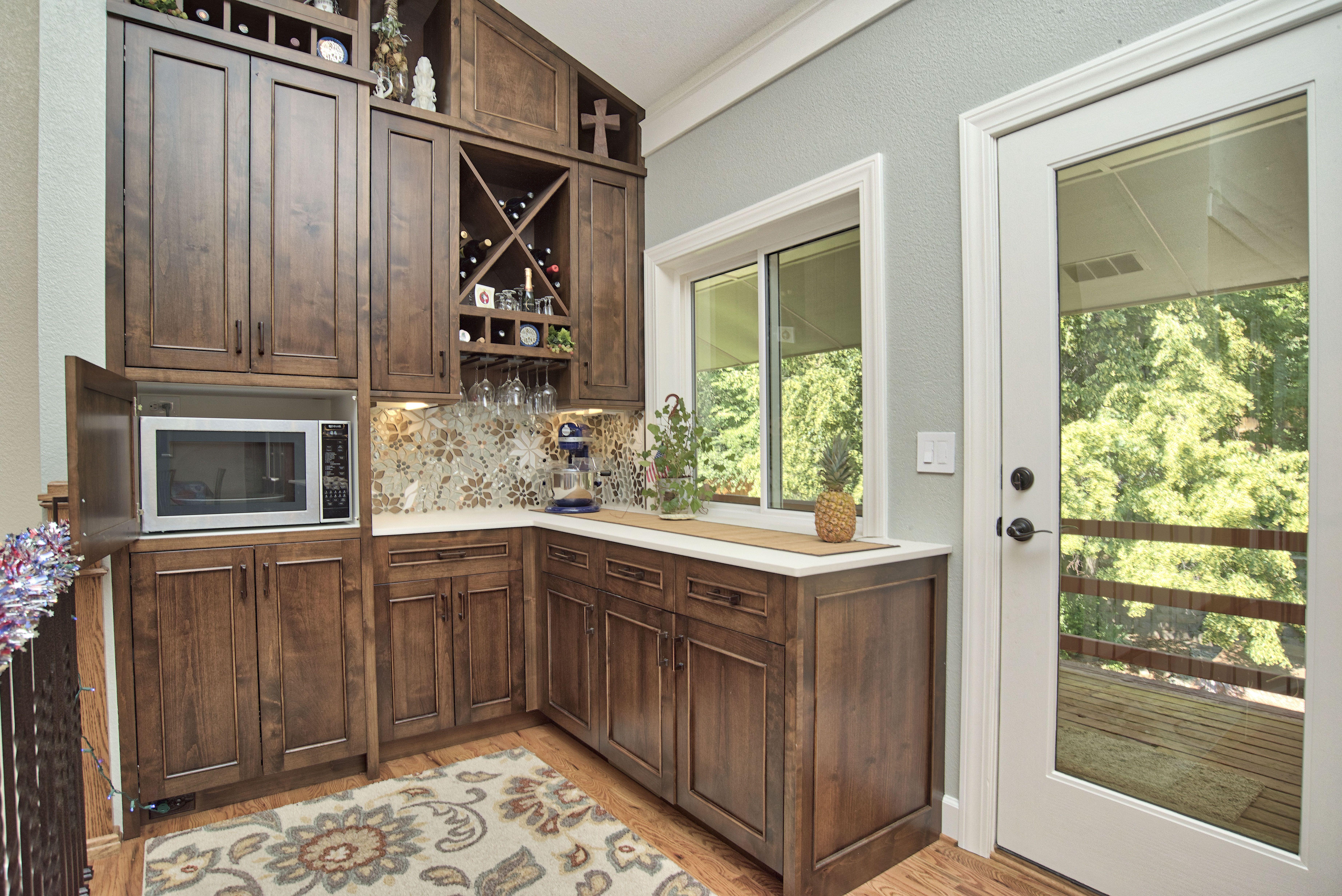 Beautiful Luxury Custom Kitchen Cabinets Bar Countertop