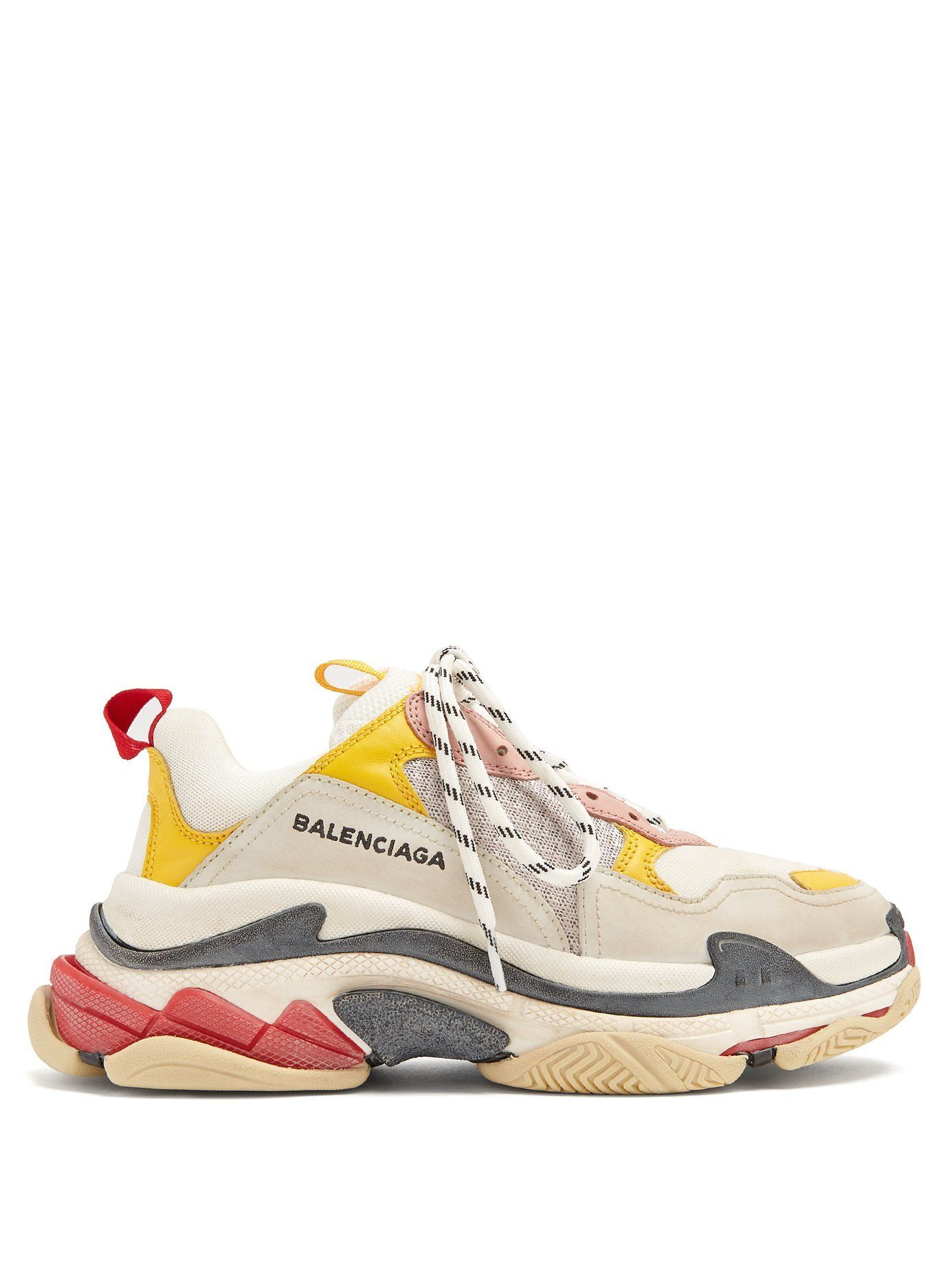 How To Style The  Dad  Sneaker If You re Not Into Athleisure in 2019 ... 4bbb582a6