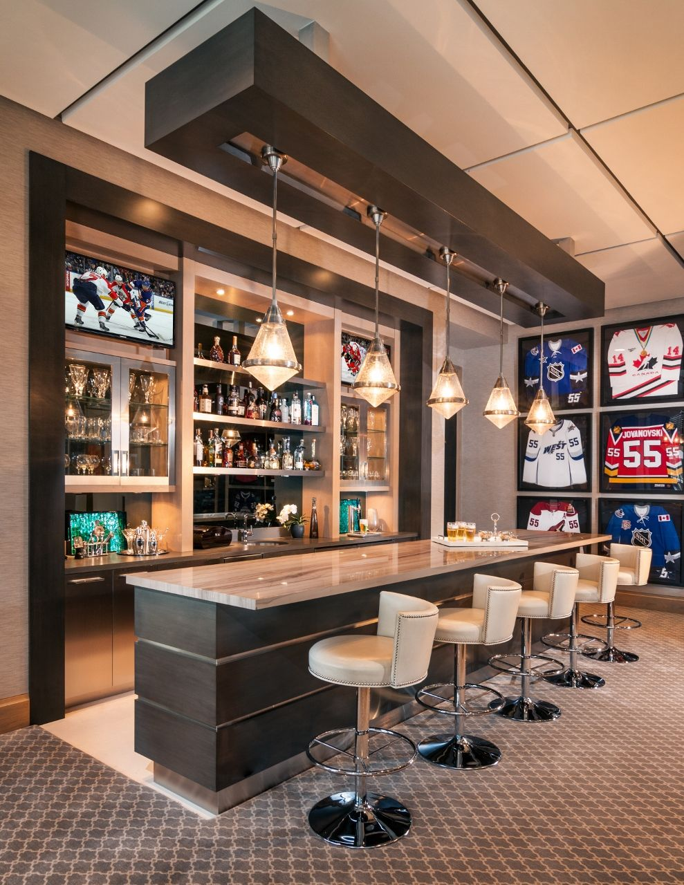 Are you looking for some amazing game room ideas? Boca Raton Residence - Marmol | Game room bar, Home bar ...