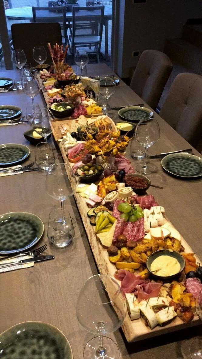Clay Plates Too Inspire Sorqnm Efesios Nao Ora Aopr Snaior Maior Sor Cleo Sonia Ferreira Party Food Appetizers Food Platters Party Food Platters