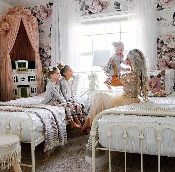 Best Queen Ann Wallpaper Self Adhesive Room Old Room 400 x 300