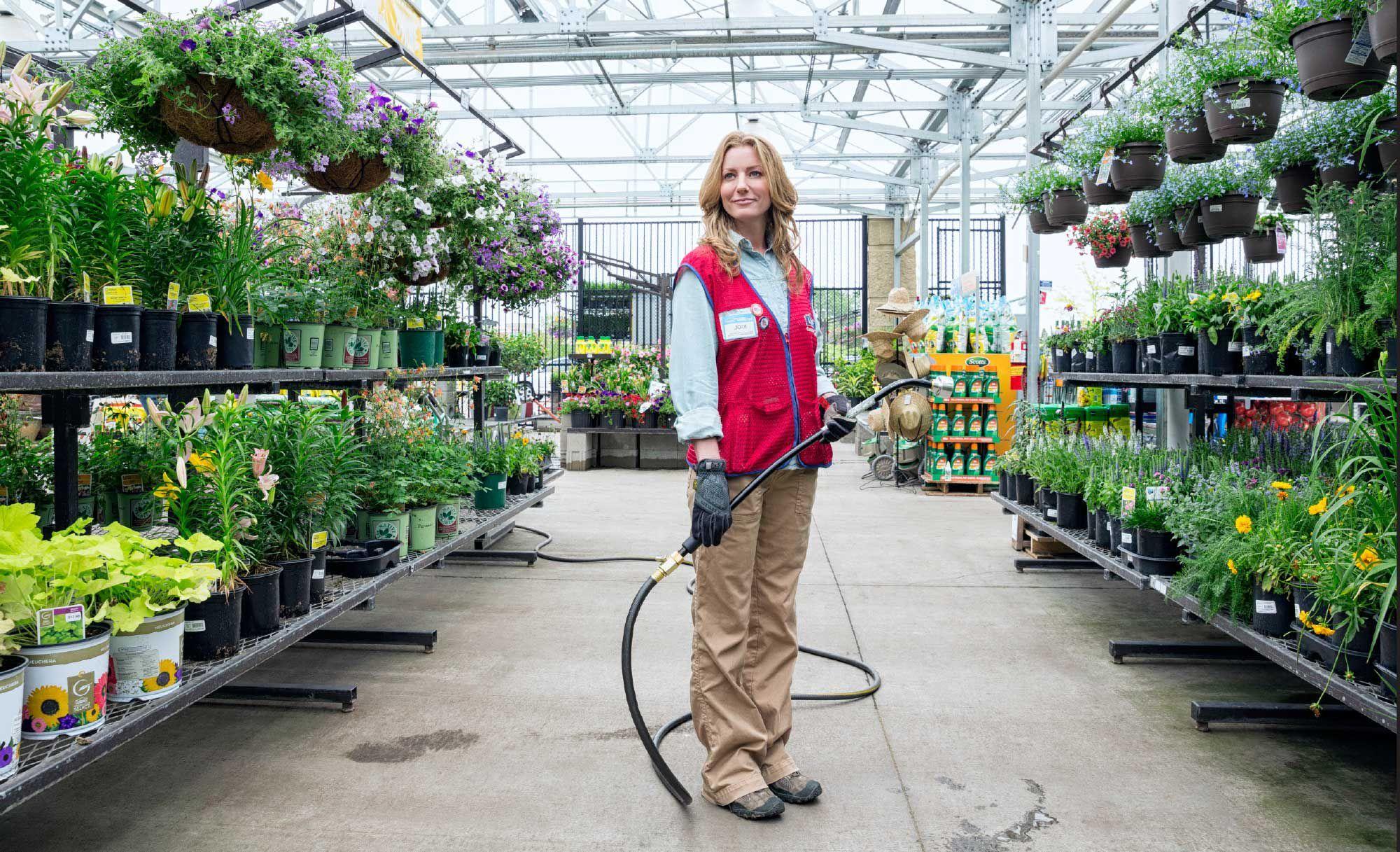 Hiring Job Tweets Lowe S Garden Center Garden Garden Center