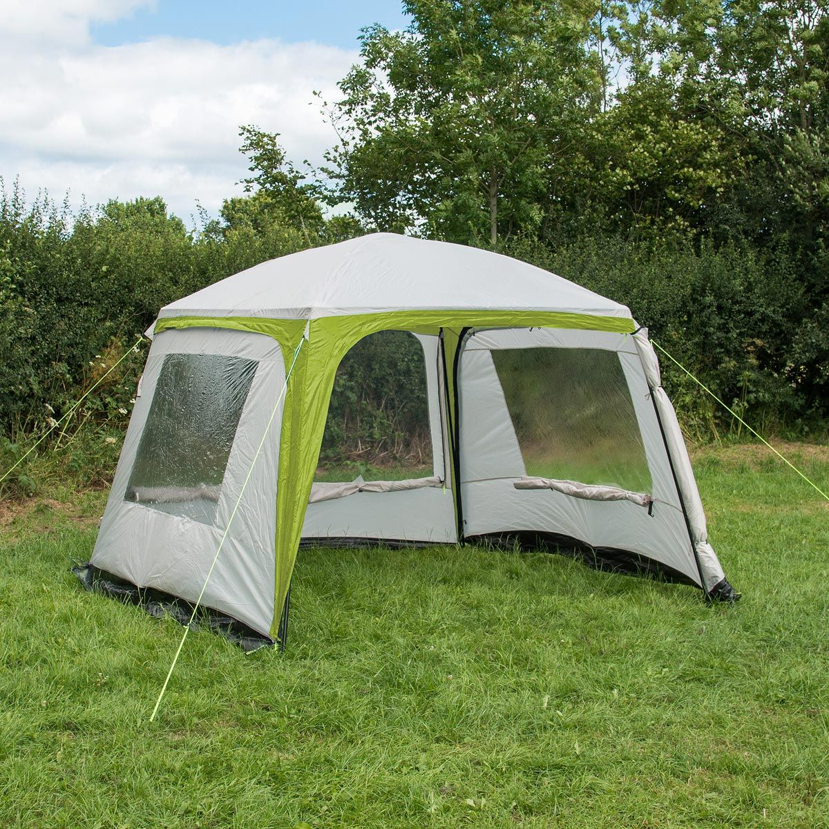 Trail Deluxe Gazebo With Sides 3m X 3m