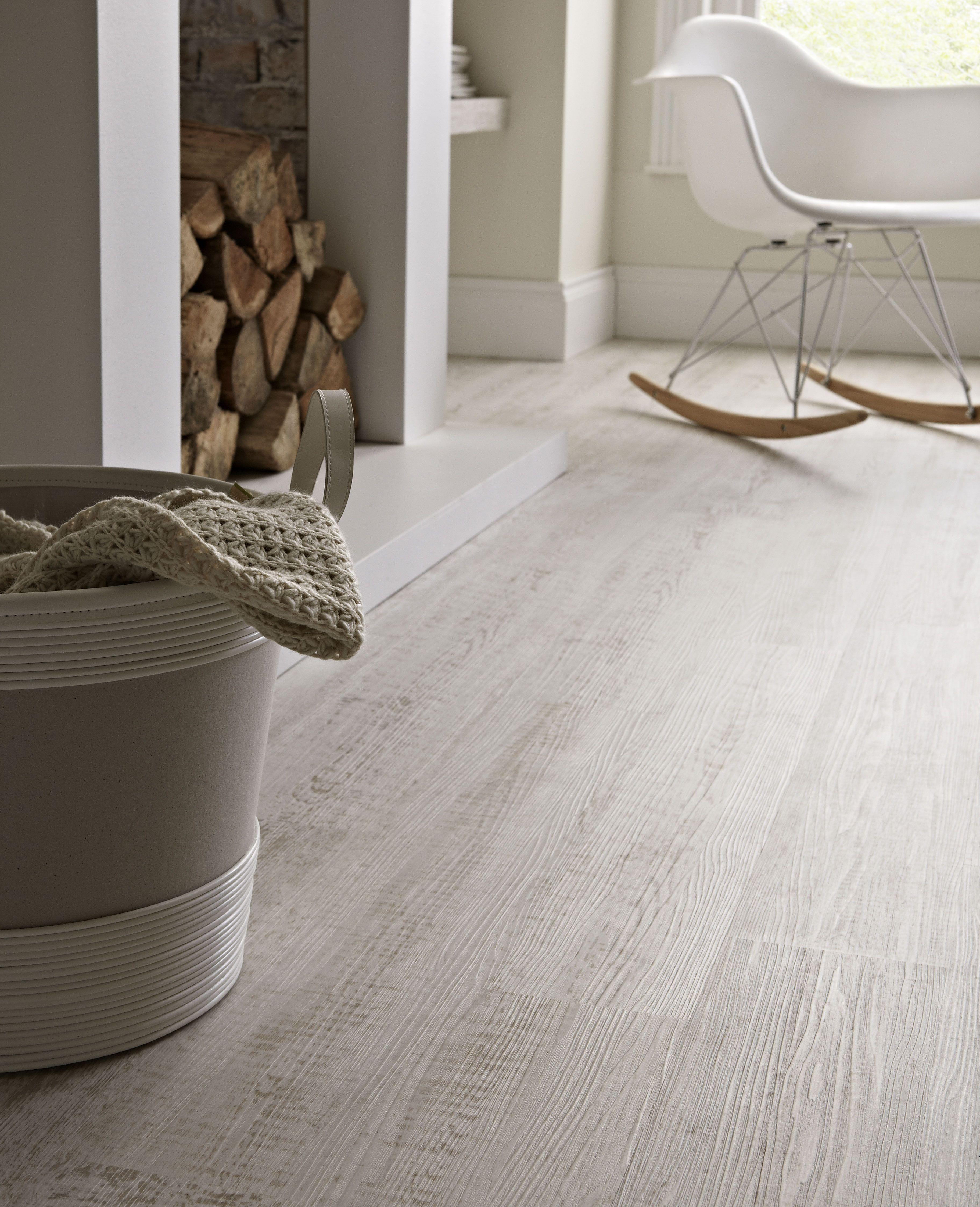 parquet blanc d coplus disponible sur d coplus parquets white home. Black Bedroom Furniture Sets. Home Design Ideas