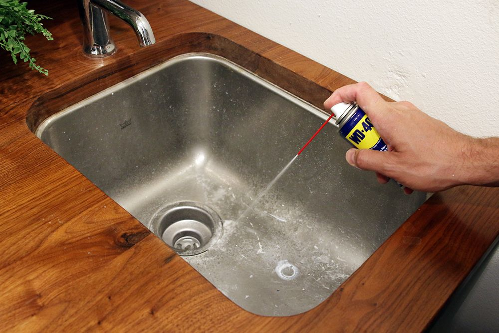 Ten Things We Use Wd 40 For Besides That Squeaky Door Cleaning Hacks House Cleaning Tips Clean Dishwasher