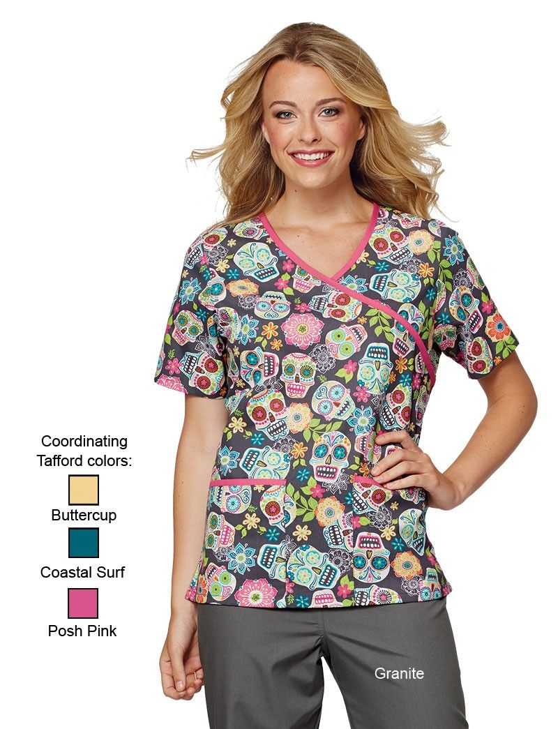 Scooby Doo Woman's Halloween Scrub Top Medical Size XL Hospital ...