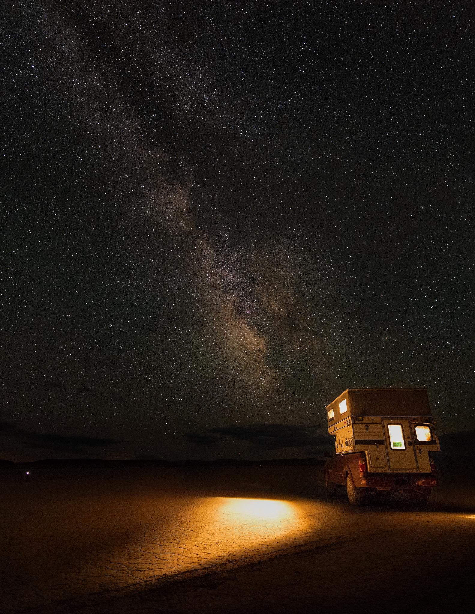 """""""Escape"""" - The Milky Way over the playa at the Alvord Desert OR [OC][1583x2048]"""