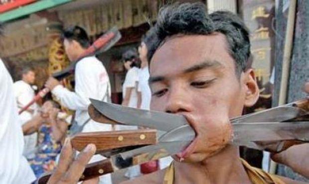 fakir couteaux