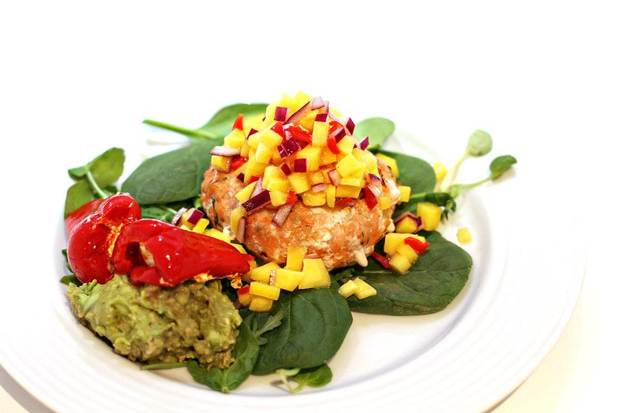 Salmon Burger with spicy mango salsa