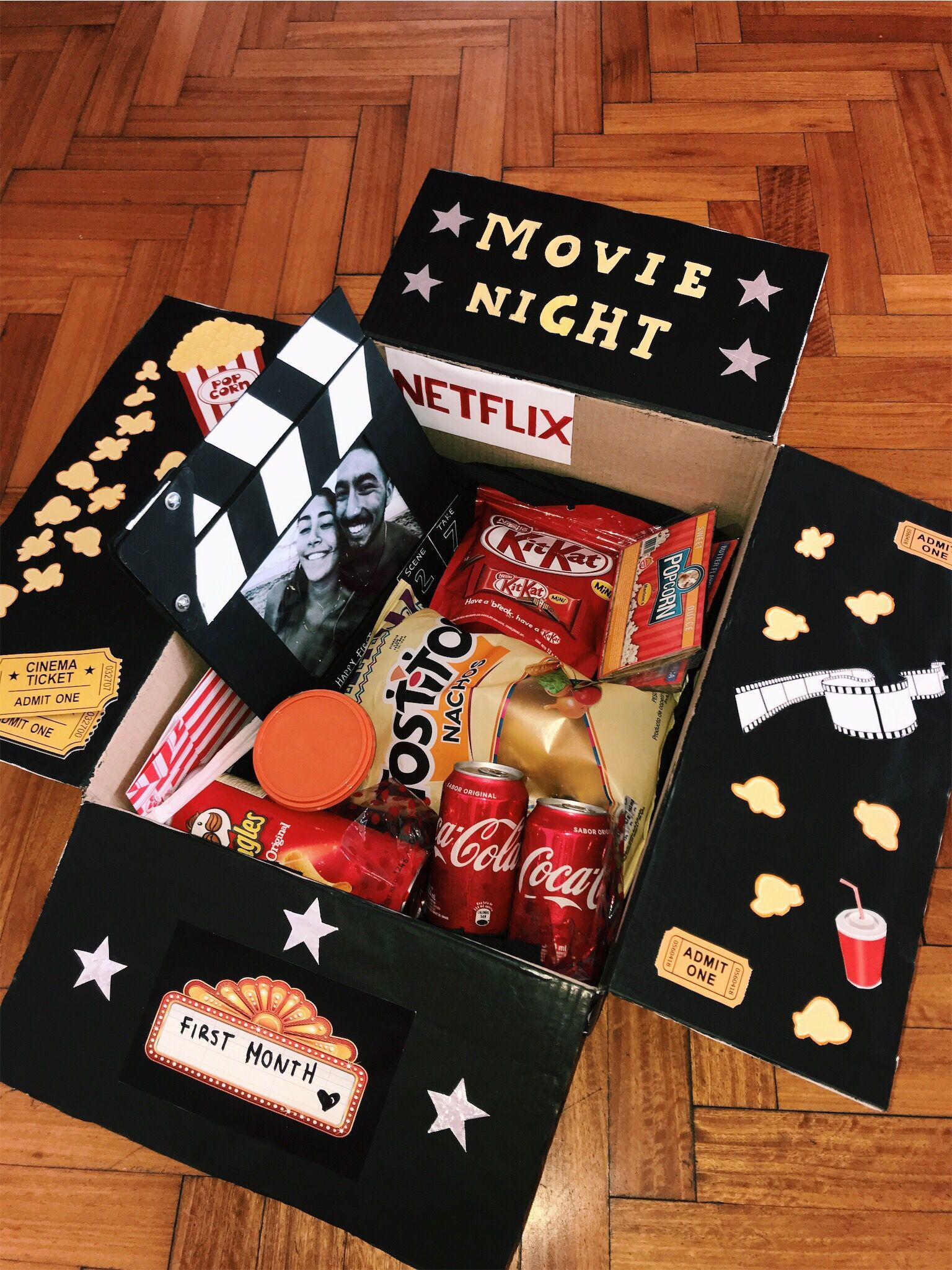 Movie night box 🍿🎥   Wichteln, Diy geburtstagsgeschenke, Geschenke