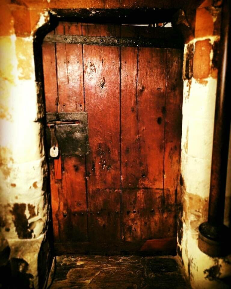 This is the oldest door in Britain installed in Westminster Abbey before the Norman invasion & This is the oldest door in Britain installed in Westminster Abbey ... Pezcame.Com