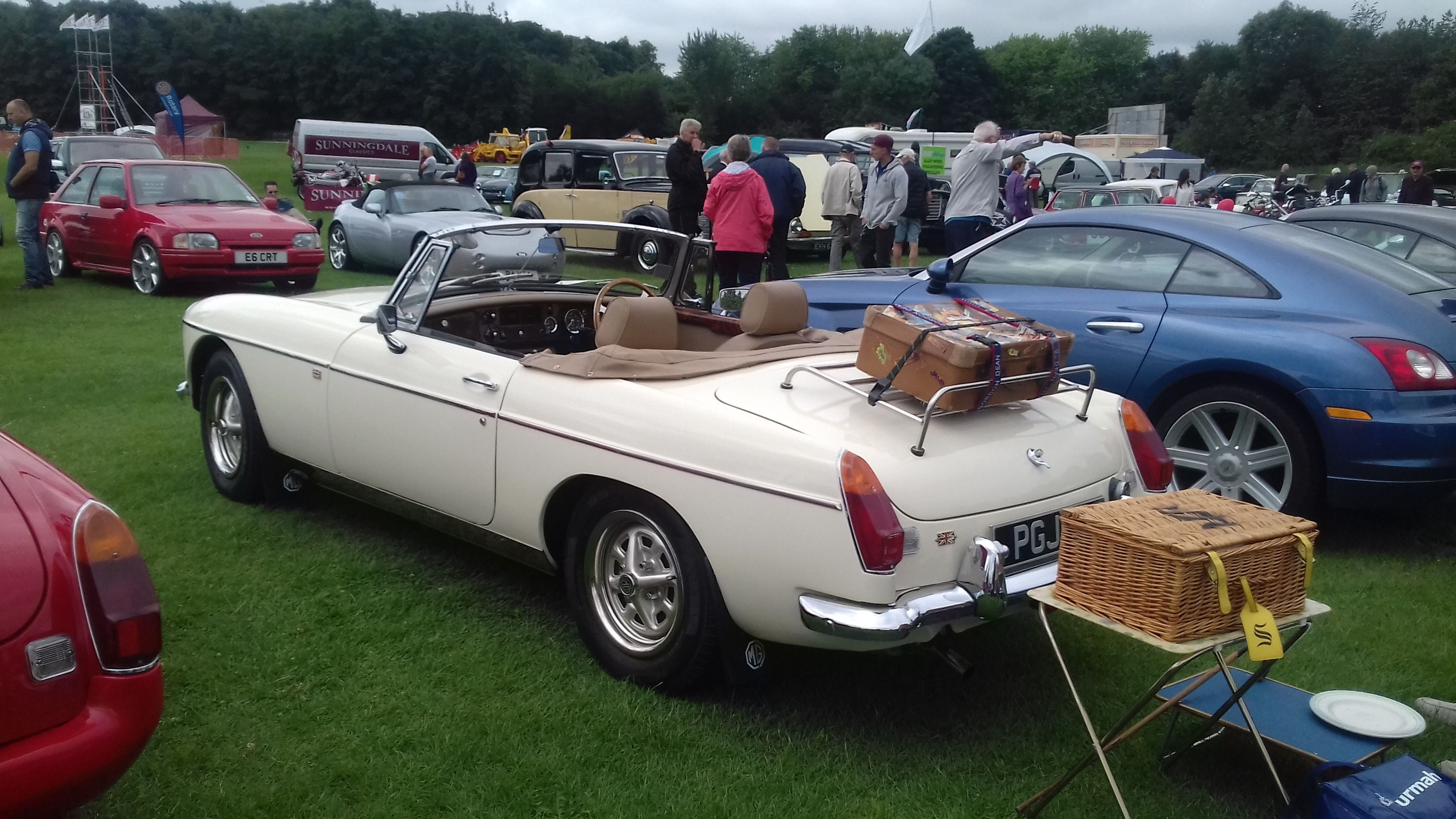 Pin By Tony Hamilton On Classics Cars Antique Cars Bmw Bmw Car