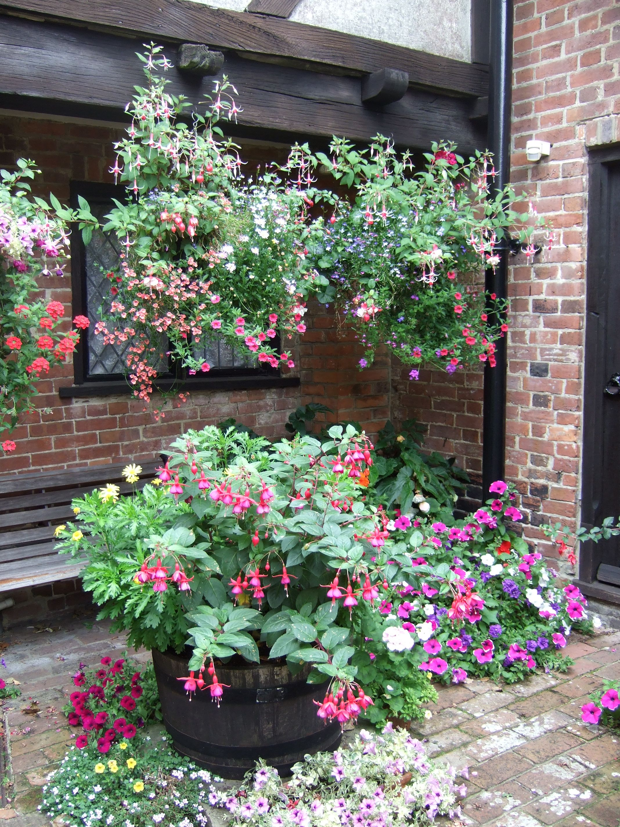 Cotswolds garden   Jardines by Maria Espinoza   Pinterest ...