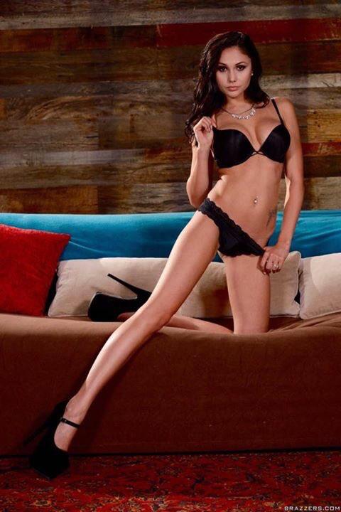 ariana marie sexy
